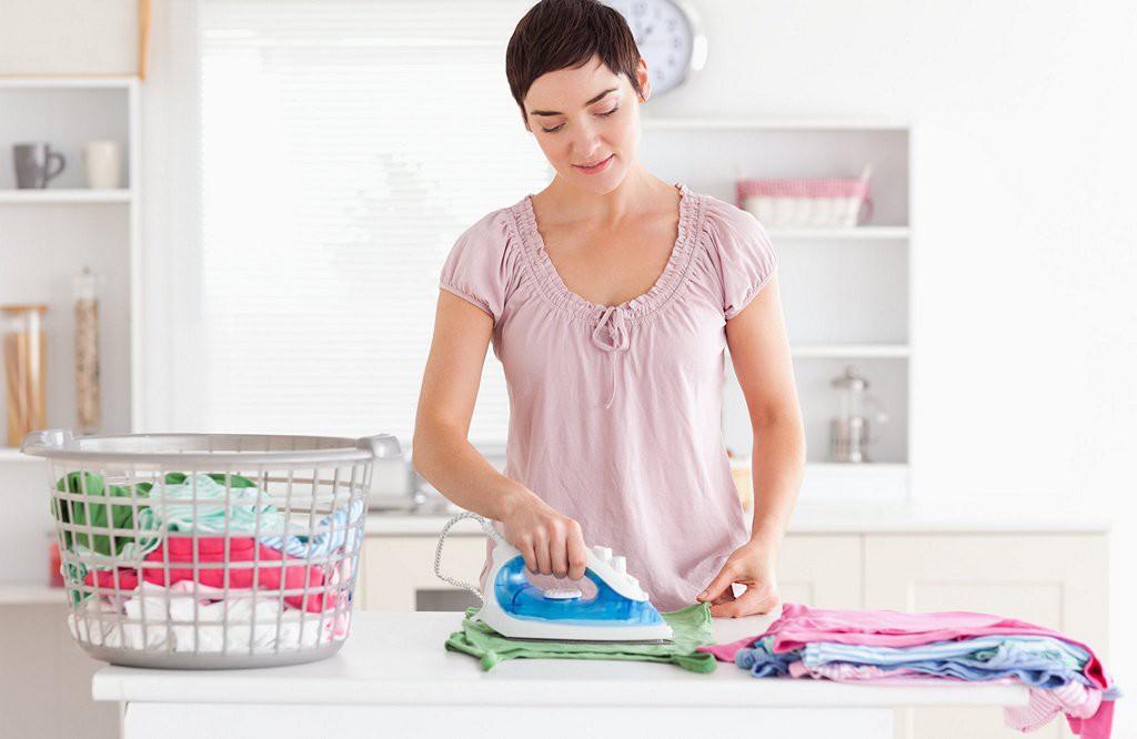 Нужно ли гладить пеленки новорожденному