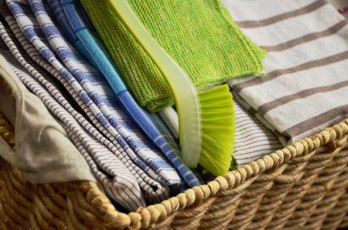 Стираем кухонные полотенца