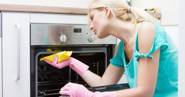 Чистите плиту после каждого использования
