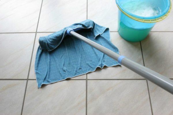 Мыльный раствор обязательно нужно смыть чистой водой