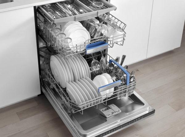 Что ни в коем случае нельзя загружать в посудомойку, разберем далее