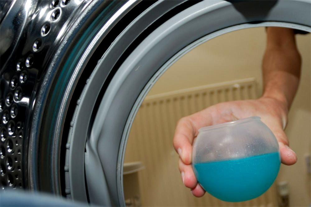 Используем жидкое моющее средство