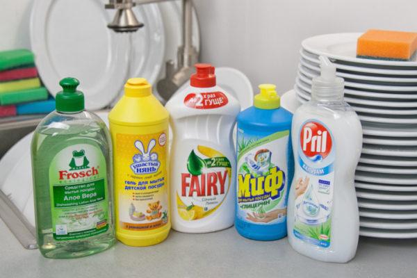 Борьба с жиром – средство для мытья посуды