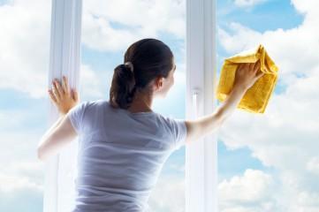 Необходимый подручный инвентарь для мытья пластиковых окон