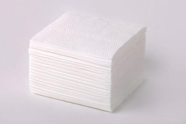 Первый помощник – бумажные салфетки